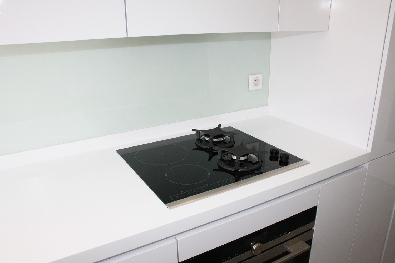 optimisation d 39 espace cuisine cuisines leicht antony 92. Black Bedroom Furniture Sets. Home Design Ideas
